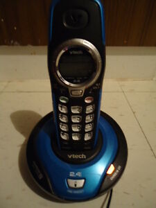2 CORDLESS HOUSE PHONES FOR CHEAP