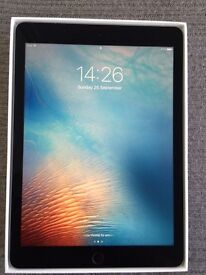 9.7 Inch 32GB Ipad pro Wifi and Cellular (4G)(EE) silver