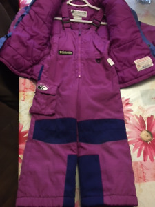 *****Girls Two Piece Columbia Snowsuits- size 4T******