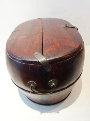 Old Chinese wooden basket/box