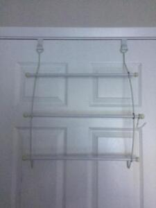 DOOR CLOTHING RACK