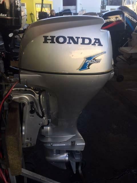 20hp Honda Outboard Motor 4 stroke S2661   Boat