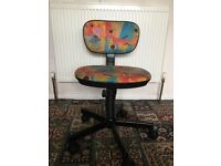 Kids spinning chair brilliant condition