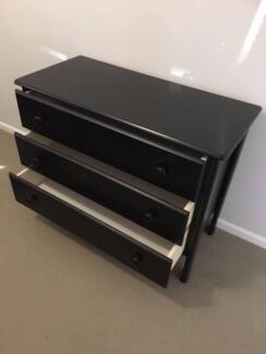 Chest of Drawers (3 draws) Black Used OK condition