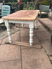 Shabby Chic pine table