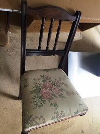 LOVELY VINTAGE CHAIR