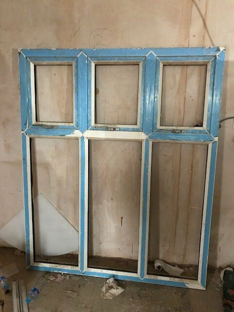2 x upvc window frames 142cm x 173cm (no glass)
