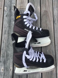 The Bauer Supreme 140 Youth Skates