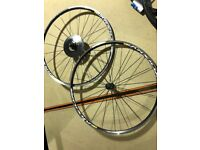 BRAND NEW Mavic Aksium One Disc Wheelset 700c 10/11 speed BLACK with schwalbe tyres