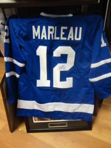 Patrick Marleau Autographed Leafs Replica Jersey Beckett auth.