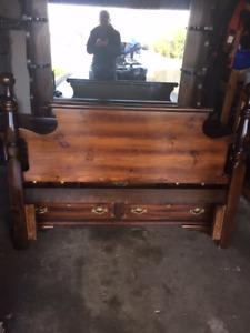 Pine Queen Bedroom Furniture
