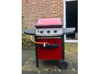 Berkley 3 Burner Gas Barbecue + Free Cover (worth 22£) Needs