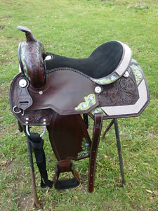 SEVERAL SADDLES FOR SALE- WESTERN/ ENGLISH