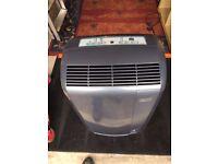 De'Longhi Pinguino Portable Air Conditioning Unit & Dehumidifier