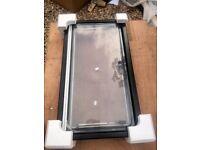 Dometic S4 Window 900x500mm Brand New , boxed - Camper Motorhome