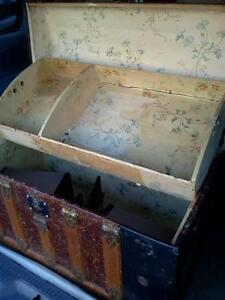 ANTIQUE STYLE CURVED TOP TRUNK Cornwall Ontario image 3