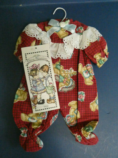 BRAND NEW DAISY KINGDOM FLANNEL FOOTED PAJAMAS 4056-14691 - FITS 12 DOLL - $17.99