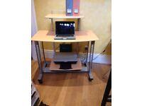 Computer workstation / desk
