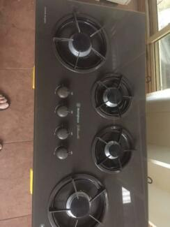 Westinghouse Silhouette 4 burner x 900mm gas cook top