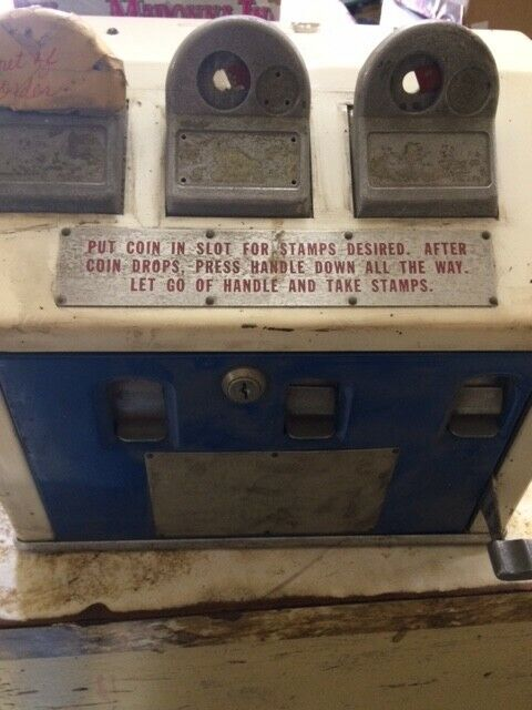 VINTAGE AMERICAN POSTMASTER BY DILLON MFG CO STAMP 3 BANK VENDING MACHINE