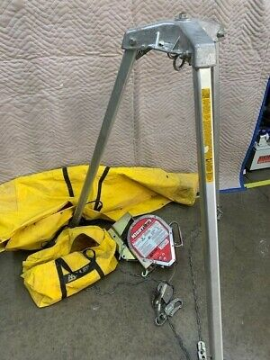 Miller Evac Confined Space Tripod Safety Miller Mighty Evac Great Shape Hardly
