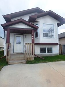 #4901 Full House in Westpointe Available Now $1600