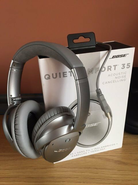 bose 35 ii. bose quietcomfort 35 wireless headphone silver (new) 2 years gaurentee ii