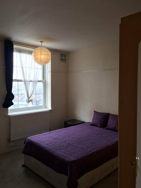 Lovely larger double room on Uxbridge Road! All bills inclusive!!!