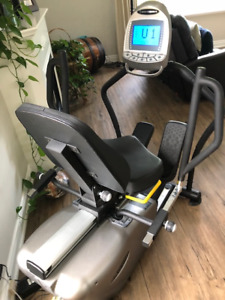 Body Charger GB7006 TFT Recumbent Cross Trainer