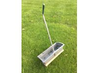 Levington lawn feed spreader