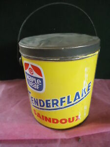 VINTAGE TIN COVERED LUNCH PAIL FROM TENDERFLAKE