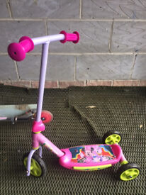 kids scooter in good condition available at Thatcham/Newbury