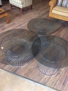 Retro Set 3-Round Metal Coffee Table and 2 end tables