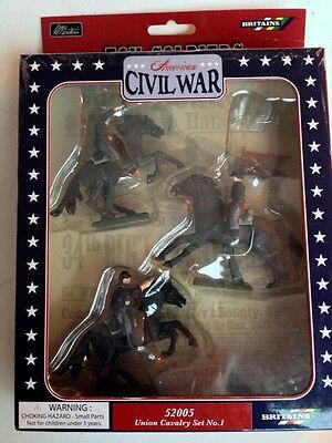 BRITAINS American Civil War Union Cavalry Set, Soldiers w Flag Bearer 1/32 52005