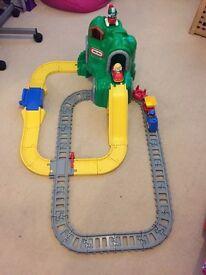 Little tykes train set