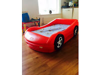 boys toddler bed little tikes red racing car comes with foam mattress excellent cond rare childrens