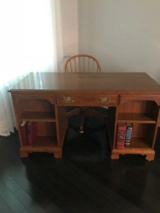 Ethan Allen  solid wood two sided executive desk, 1987