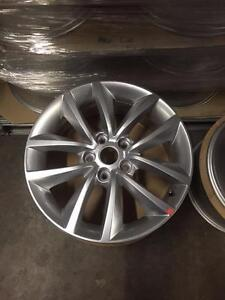 """New arrival OEM Hyundai 17""""x7"""" silver take off from brand new cars (K1747S) Toronto (GTA) Preview"""