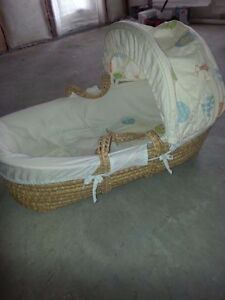 Moses Basket, excellent condition