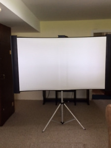 Accolade Duet Projection Screen