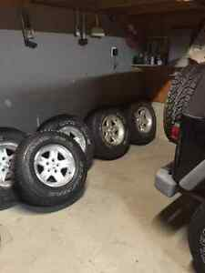 Set of 5 Jeep TJ Tires and rims