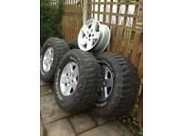 "Set of 17"" Jeep Alloy Wheels @ Tyres"