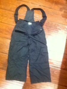 Boy snow pants size 4-5