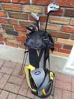 Beginner's kids golf clubs (left handed) with bag