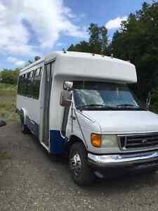 2003 Ford E-Series Van Other