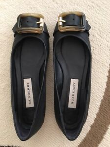 Burberry flat shoes 95% new, no mark no scratch, size 36, Black