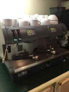 Machine à espresso - FAEMA Due - Espresso Machine - Moving Sale! West Island Greater Montréal image 1