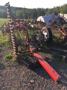 MOWING MACHINE FOR SMALL ACREAGE