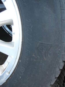 215/70/15 Mud and Snow tires with or without rims Kitchener / Waterloo Kitchener Area image 4