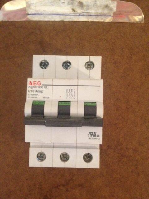 AEG ELFA E93S UL, C10 Amp, 277/480VAC, 3 pole, Track Mounted Circuit Breaker